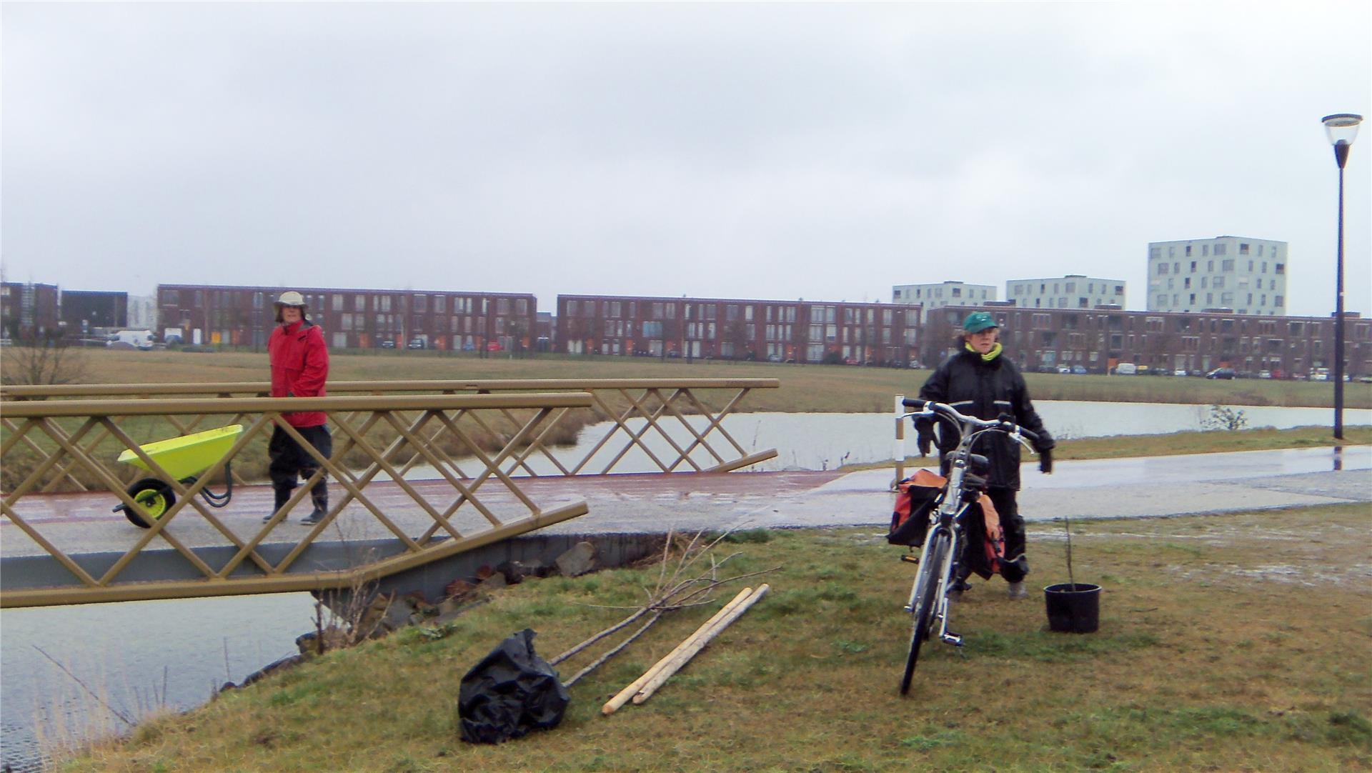 160325 Planten met Eetbaar Park Meerhoven.JPG