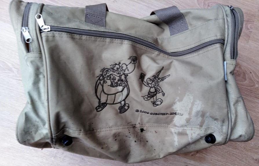 sporttas gevonden generalenbuurt.jpg